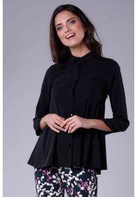 Nommo - Czarna Koszulowa Bluzka z Efektownym Wykończeniem. Kolor: czarny. Materiał: wiskoza, poliester