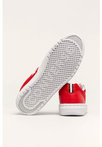Czerwone sneakersy Converse na średnim obcasie, z cholewką, na obcasie