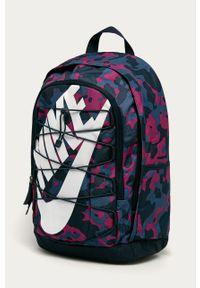 Wielokolorowy plecak Nike Sportswear z nadrukiem