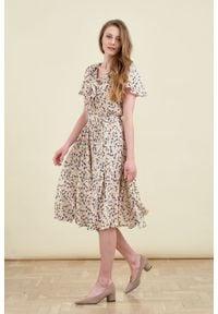 Marie Zélie - Sukienka Eulalia Matthiola. Materiał: wiskoza. Długość rękawa: krótki rękaw. Długość: midi