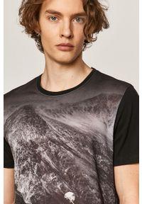 Czarny t-shirt medicine z nadrukiem, rockowy