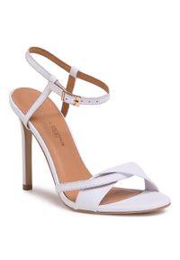 Białe sandały L37 klasyczne