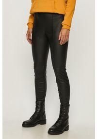 Czarne legginsy Jacqueline de Yong z podwyższonym stanem