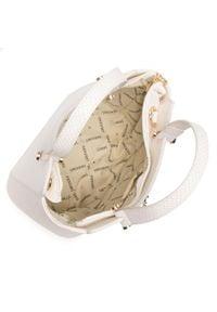 Monnari - Torebka MONNARI - BAG1680-000 Off White. Kolor: biały. Wzór: aplikacja. Materiał: skórzane. Rodzaj torebki: na ramię