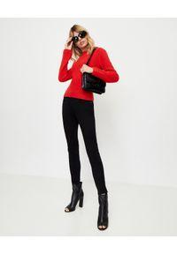 Kenzo - KENZO - Czerwony sweter z kaszmirem. Kolor: czerwony. Materiał: kaszmir. Wzór: aplikacja