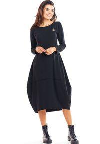 Infinite You - Bawełniana sukienka z dopasowaną górą i obszernym dołem. Okazja: na co dzień. Materiał: bawełna. Styl: casual