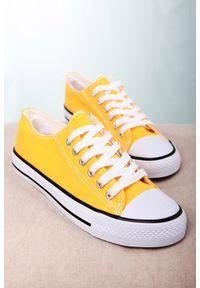 Casu - żółte trampki sznurowane casu 888-1. Kolor: żółty #2