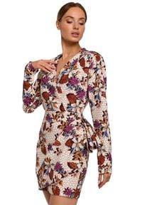 MOE - Elegancka kopertowa sukienka mini modny nadruk. Materiał: tkanina, elastan. Wzór: nadruk. Typ sukienki: kopertowe. Styl: elegancki. Długość: mini