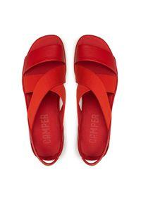 Czerwone sandały Camper