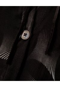 ICON - Jedwabna sukienka Boho. Typ kołnierza: kołnierz z falbankami. Kolor: czarny. Materiał: jedwab. Długość rękawa: długi rękaw. Wzór: kwiaty. Styl: boho