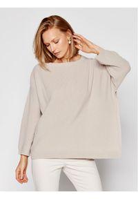 Beżowy sweter klasyczny MAX&Co.