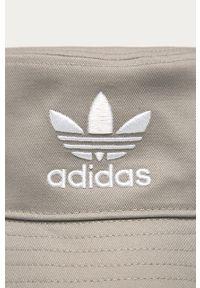 Kapelusz adidas Originals z nadrukiem