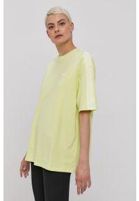 adidas Originals - T-shirt. Kolor: żółty. Materiał: dzianina. Wzór: gładki