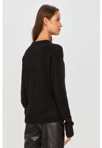 Czarny sweter Calvin Klein Jeans z okrągłym kołnierzem, casualowy, na co dzień, z długim rękawem