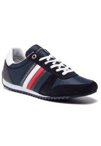 TOMMY HILFIGER - Tommy Hilfiger Sneakersy Essential Nylon Runner FM0FM02024 Granatowy. Kolor: niebieski. Materiał: nylon