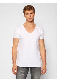 Tigha T-Shirt Malik 100878 Biały Regular Fit. Kolor: biały