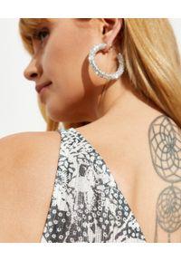 ROCOCO SAND - Sukienka maxi na jedno ramię. Kolor: szary. Materiał: tkanina, wiskoza. Długość rękawa: na ramiączkach. Wzór: nadruk. Długość: maxi