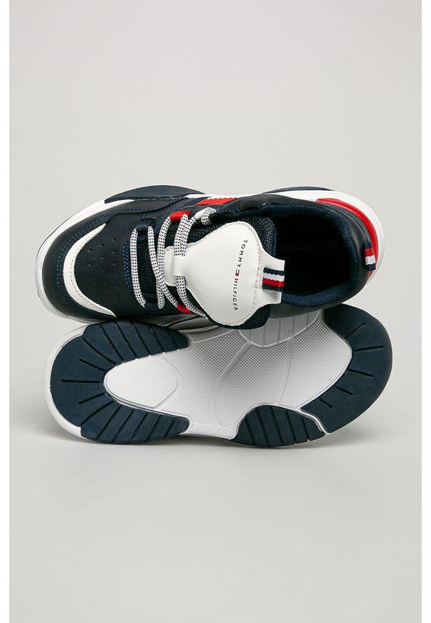 Niebieskie buty sportowe TOMMY HILFIGER na sznurówki, z cholewką