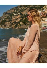 WILD MASCOT - Różowa sukienka maxi z falbanami. Kolor: wielokolorowy, różowy, fioletowy. Materiał: materiał. Wzór: aplikacja. Sezon: lato. Typ sukienki: rozkloszowane. Długość: maxi
