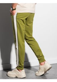 Ombre Clothing - Spodnie męskie dresowe joggery P951 - oliwkowe - XXL. Kolor: oliwkowy. Materiał: dresówka