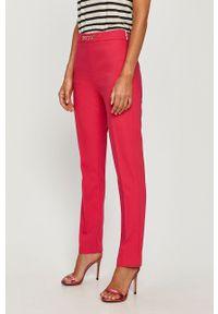 Różowe spodnie materiałowe Morgan z podwyższonym stanem, casualowe, na co dzień