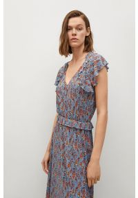 mango - Mango - Sukienka GRACIELA. Kolor: niebieski. Materiał: włókno, materiał. Długość rękawa: krótki rękaw. Typ sukienki: rozkloszowane
