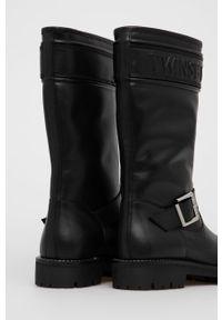 TwinSet - Twinset - Botki skórzane. Nosek buta: okrągły. Kolor: czarny. Materiał: skóra. Szerokość cholewki: normalna. Obcas: na obcasie. Wysokość obcasa: niski