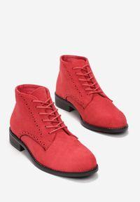 Czerwone płaskie botki Born2be