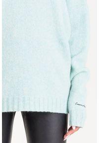 Sweter Emporio Armani krótki, z długim rękawem, na spacer