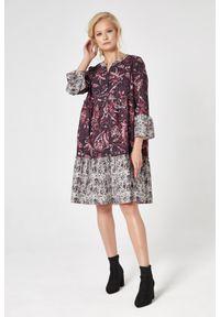 e-margeritka - Sukienka boho z falbanami - xl. Typ kołnierza: kołnierzyk stójkowy. Kolekcja: moda ciążowa. Materiał: bawełna, materiał, poliester. Typ sukienki: rozkloszowane. Styl: boho
