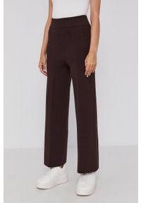 Drykorn - Spodnie Allow. Kolor: brązowy. Materiał: dzianina