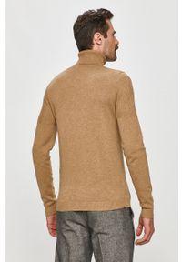 Beżowy sweter Hugo na co dzień, z golfem