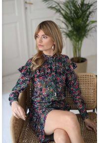 Sukienka Nommo z falbankami, w kwiaty