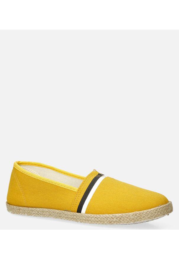 Casu - żółte espadryle casu slip on 905. Zapięcie: bez zapięcia. Kolor: żółty