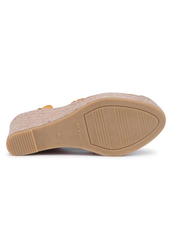 Żółte sandały Vidorreta casualowe, na co dzień