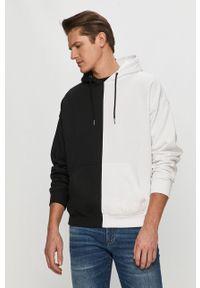 Biała bluza nierozpinana Calvin Klein Jeans z kapturem