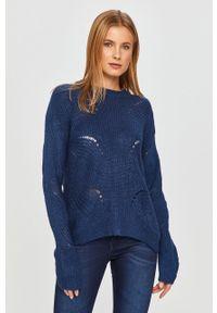 Niebieski sweter Jacqueline de Yong z długim rękawem, z okrągłym kołnierzem