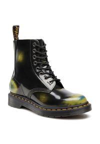 Czarne buty zimowe Dr. Martens z cholewką, eleganckie