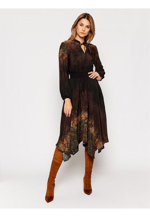 Czarna sukienka koszulowa Desigual