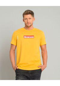 MONCLER - Żółty t-shirt z logo. Okazja: na co dzień. Kolor: żółty. Materiał: bawełna. Styl: casual