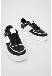 Answear Lab - Tenisówki Tulipano. Nosek buta: okrągły. Zapięcie: sznurówki. Kolor: czarny. Obcas: na platformie. Styl: wakacyjny