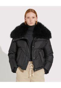 Czarna kurtka elegancka, z aplikacjami, krótka, z golfem