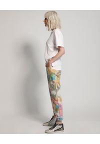 ONETEASPOON - Jeansy Tie Dye Baggie. Stan: podwyższony. Kolor: biały. Wzór: aplikacja