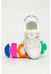 Białe buty sportowe Kurt Geiger London na średnim obcasie, z okrągłym noskiem