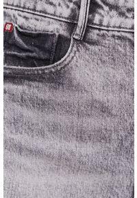 Miss Sixty - Szorty jeansowe. Okazja: na co dzień. Stan: podwyższony. Kolor: szary. Materiał: jeans. Styl: casual