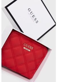 Guess - Portfel. Kolor: czerwony. Materiał: materiał. Wzór: gładki