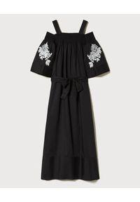 Czarna sukienka TwinSet z haftami, z odkrytymi ramionami