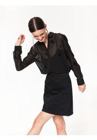 Czarna koszula TOP SECRET na zimę, elegancka