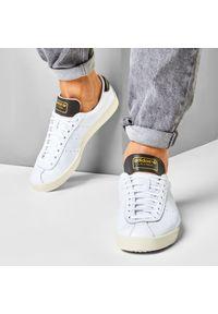 Białe sneakersy Adidas
