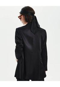 LOVLI SILK - Czarna marynarka garniturowa z jedwabiu #NO.37. Kolor: czarny. Materiał: jedwab. Styl: klasyczny